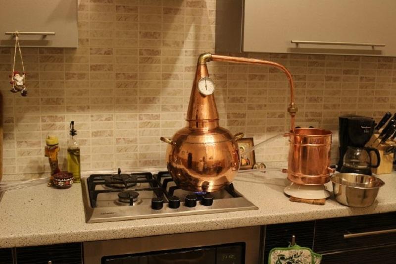 Whisky stookketel op gasfornuis | drank stoken